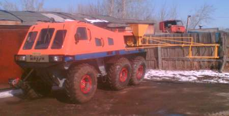 """снегоболотоход """"Тюменьэкотранс"""" на колесах Арктиктранс с посевным агрегатом"""